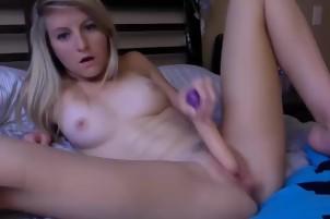 Dildo Sex- 17sexcam