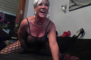 hot mature babe on cam - hotcam-girls