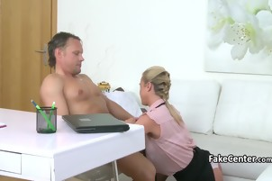 Agent sucking to her client