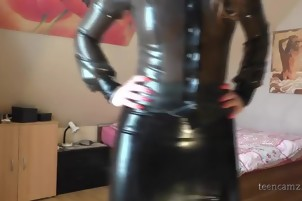 Latex Girl masturbating on cam