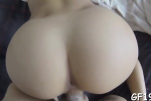 Teen gets her 1st hardcore ride