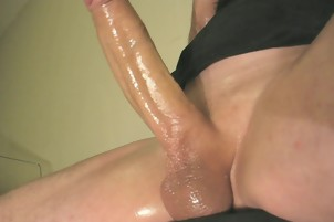 robin jerks his shaved oiled uncut monstercock 042