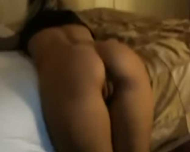 Hottie gets fucked in a hotel