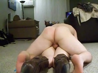 Amateur in leather boots struggles when she remembers how painful anal is